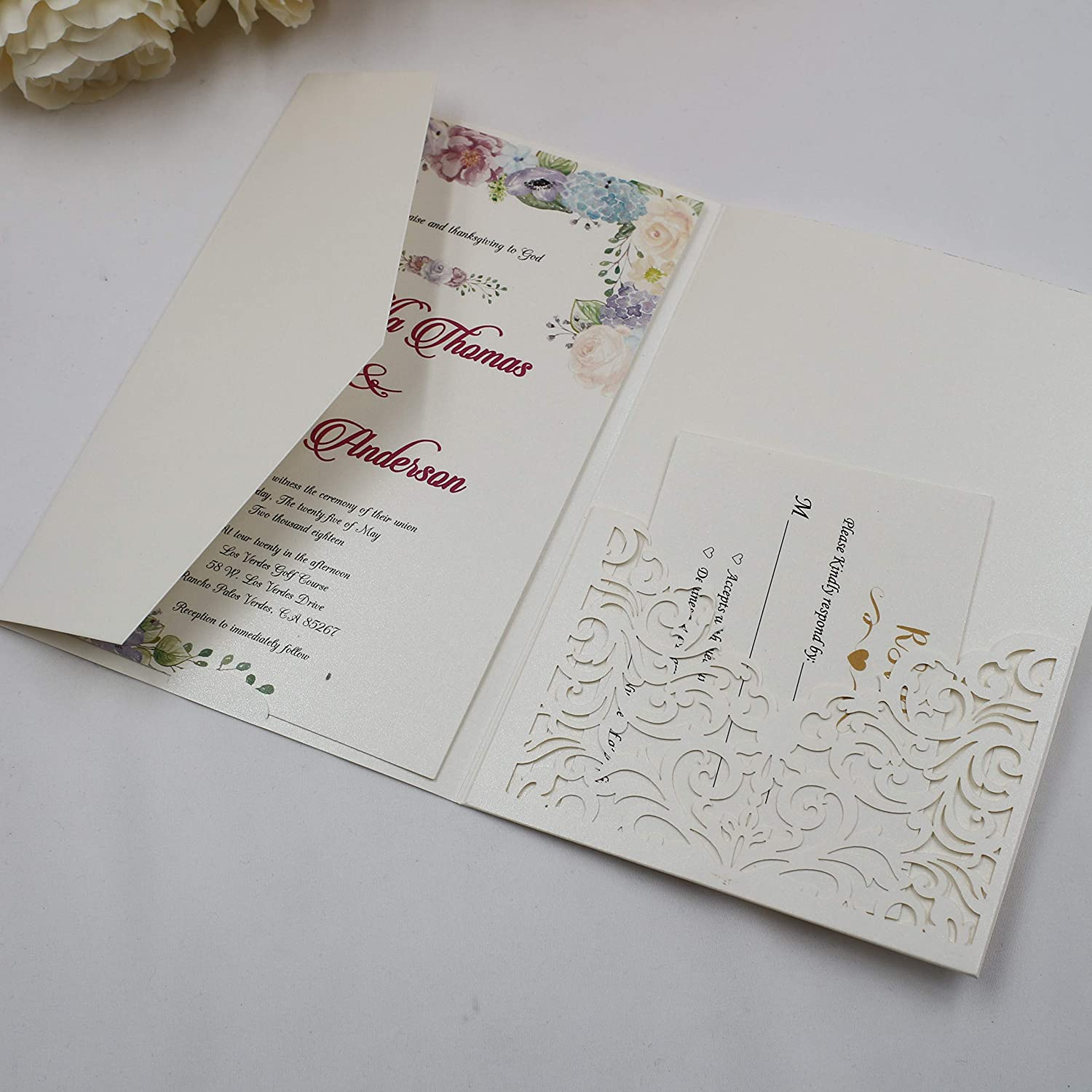 25pcs Ivory Pearl Paper Vine Tri Fold Wedding Invitations Cards Laser Cut Vertico pocket Hollow Carving Greeting invites Covers only no envelope no ...