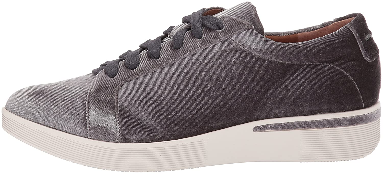 d2de31f43f60 ... Gentle Souls by by by Kenneth Cole Women s Haddie Low Profile Fashion  Sneaker Embossed Fashion Sneaker
