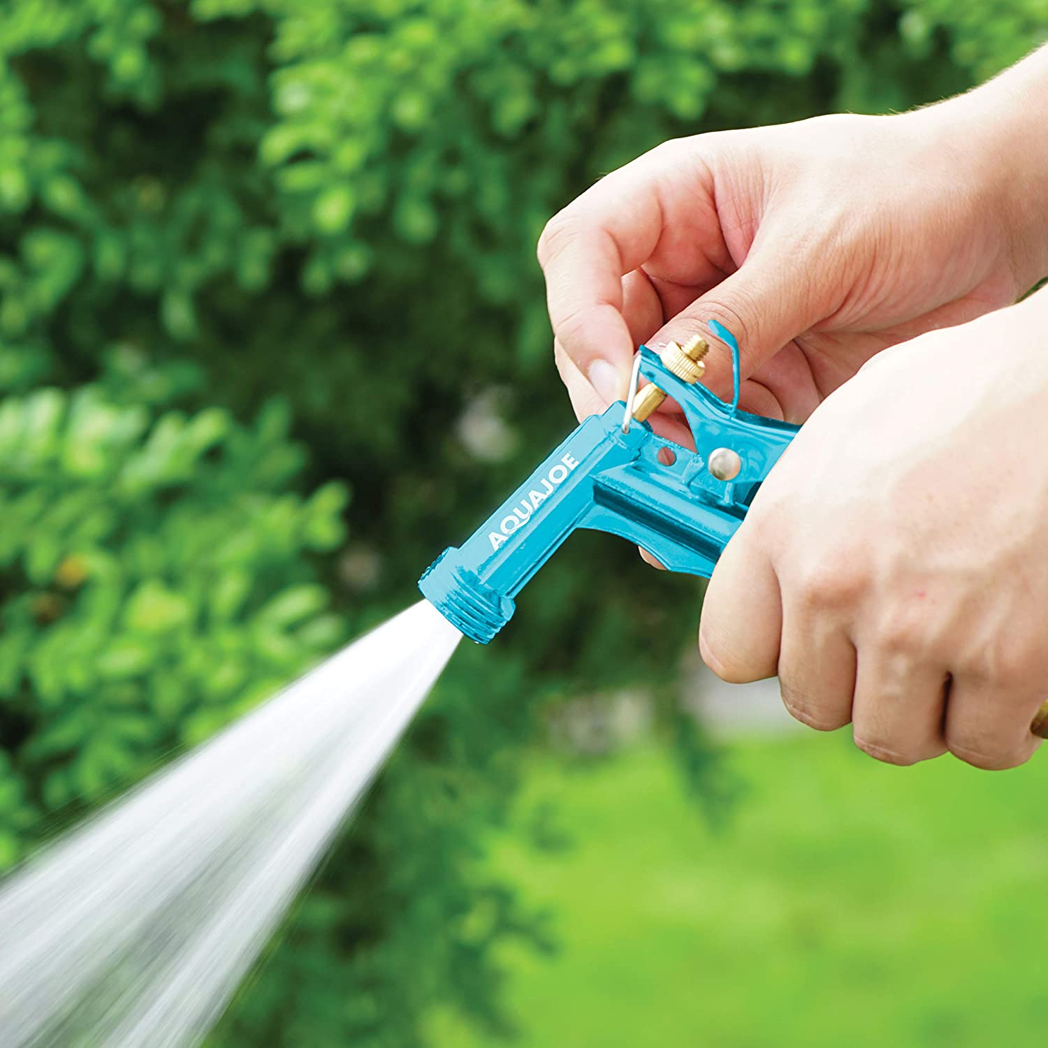 What to consider when buying a water hose nozzle?