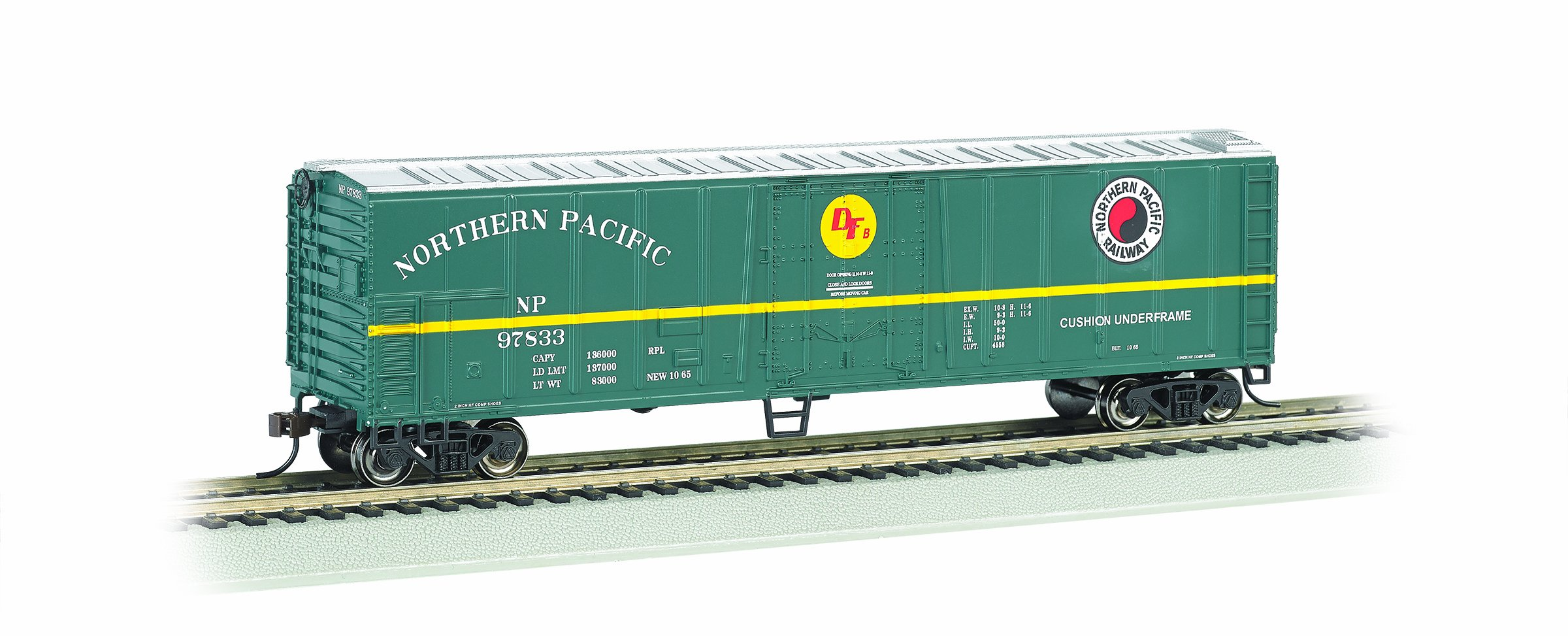 Bachmann Industries HO Scale Northern Pacific 50' Steel Reefer