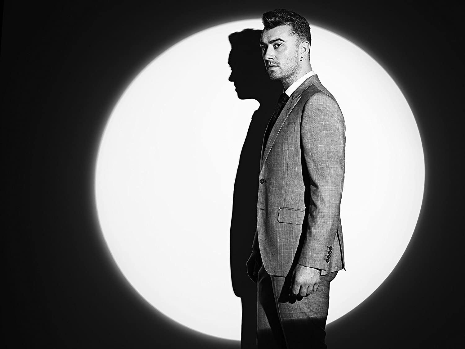 Writing's On The Wall by Sam Smith: Amazon.co.uk: Music