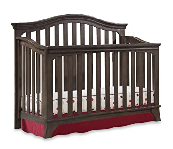 Westwood Kensington Collection Convertible Crib In Madeira