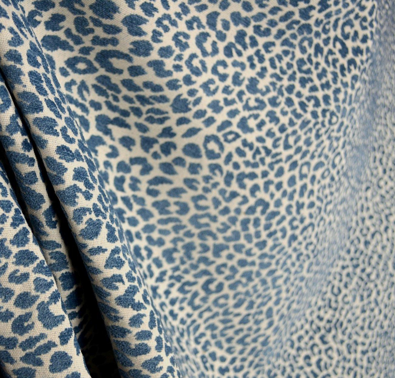 Amazon com m9818 delft chenille animal print blue upholstery fabric