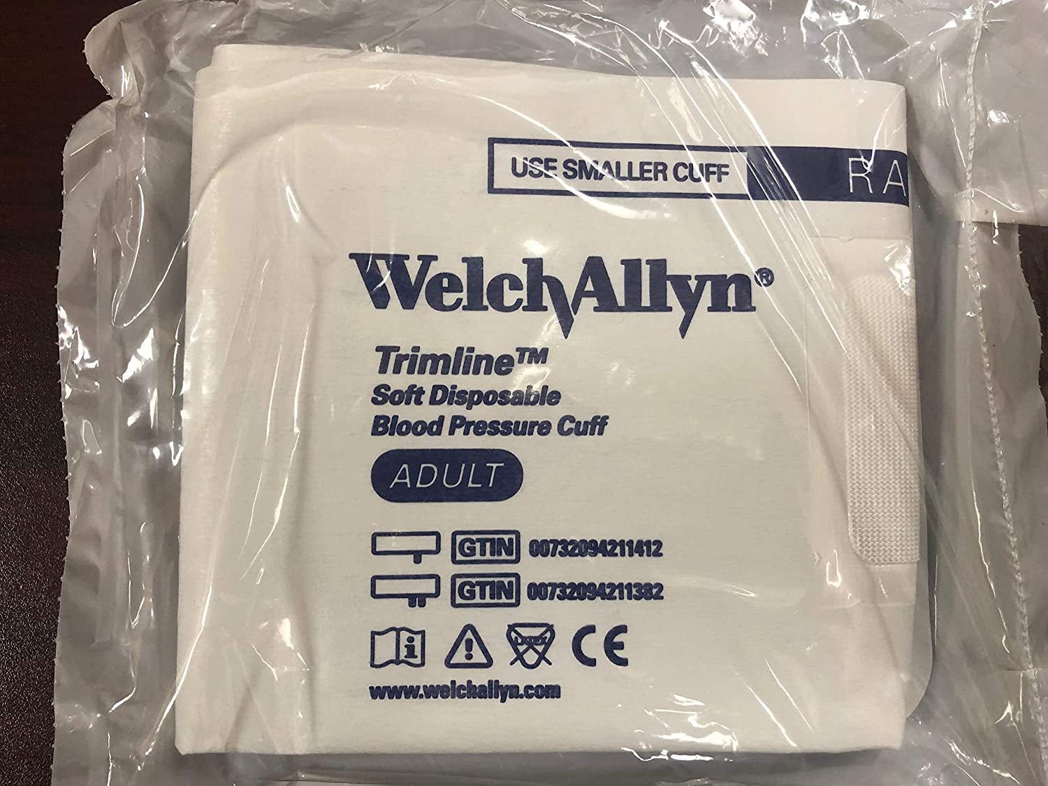 Welch Allyn 39048 Branded Quality Medical Diagnostic Products for Medical Offices Cuff Disp Adult 1Tb with Byntt Fit (Pack of 20)