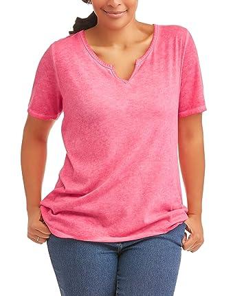 aeaa3b4c15b Terra   Sky Women s Plus Split Notch Neck Tee Top at Amazon Women s  Clothing store