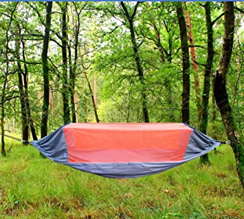 crehouse 2 4lbs lightweight parachute hammock with mosquito   ultralight portable for camping hiking travel beach amazon    crehouse 2 4lbs lightweight parachute hammock with      rh   amazon