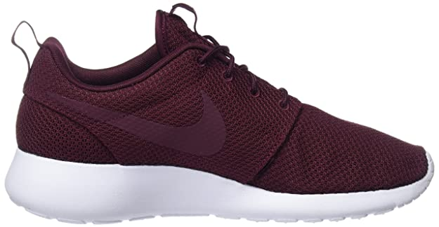 ae2a1dbe7cf58 Nike Men s Roshe ONE Night Maroon Running Shoes-9.5 UK India(44.5EU) (511881 -605)  Buy Online at Low Prices in India - Amazon.in