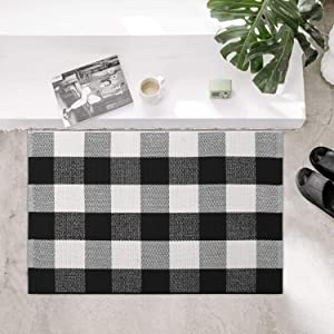 100% Cotton Plaid Rug, KIMODE Black/White Hand-Woven Buffalo Checkered Floor Mats 18'' x 28'', Washable Carpet for Porch Doormat Kitchen Rugs