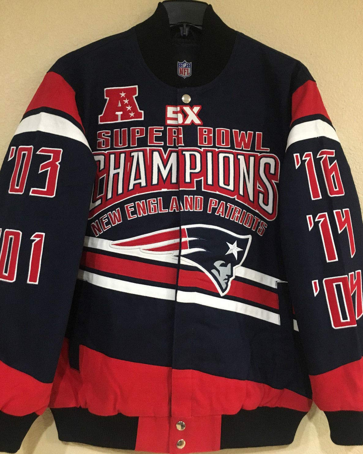 Amazon.com   New England Patriots Gladiator 5X Championship Cotton Twill  Jacket (3X-Large)   Sports   Outdoors 67aa668a7