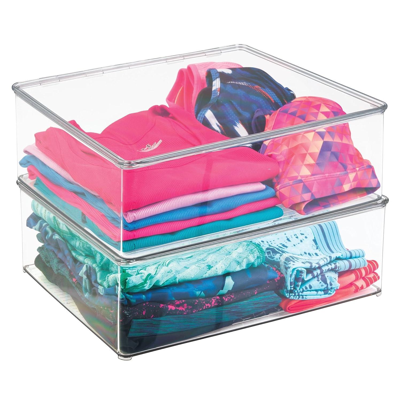 mDesign 2er-Set W/äschebox Stapelboxen f/ür Bekleidung und Co durchsichtig 12,7 cm hohe Kleiderkiste mit Deckel f/ür den Kleiderschrank