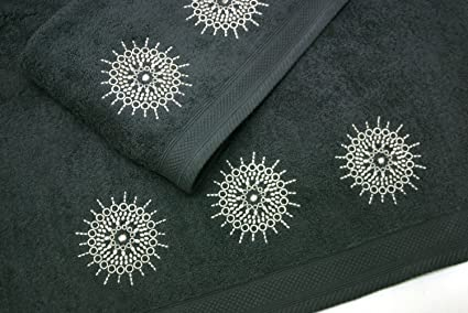 Montse Interiors Juego de Toallas Bordadas Mandalas 2 Piezas 550gr (Antracita Mandala Nº8)