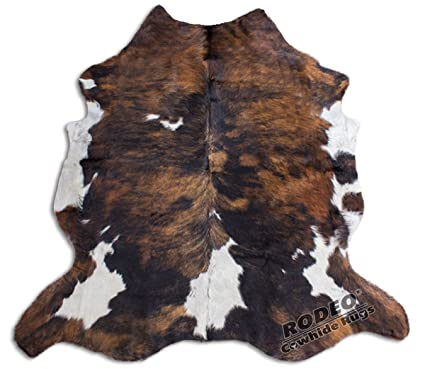 Amazoncom Rodeo Amazing Cowhide Rug Hair On Skin Cowhides Tricolor