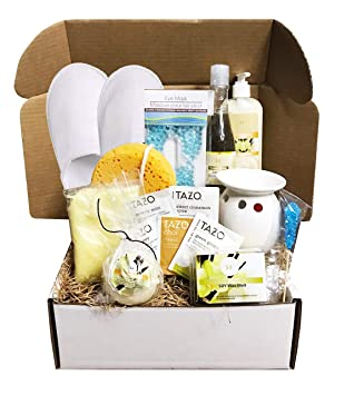 Amazon.com: Cestas de regalo doradas para spa con aromas de ...