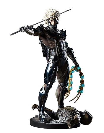 Metal Gear Rising Revengeance Raiden 1 6 Scale PVC Statue