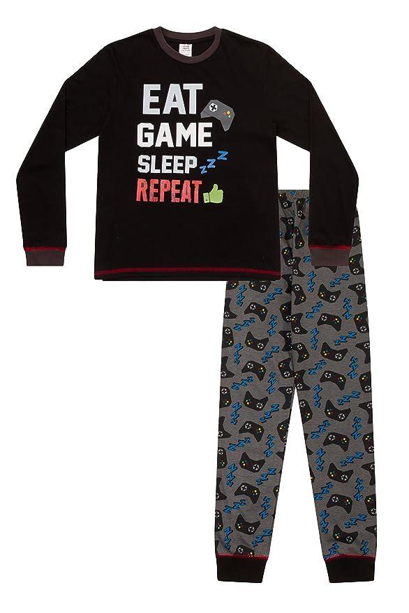 Pijamas largos con texto en inglés