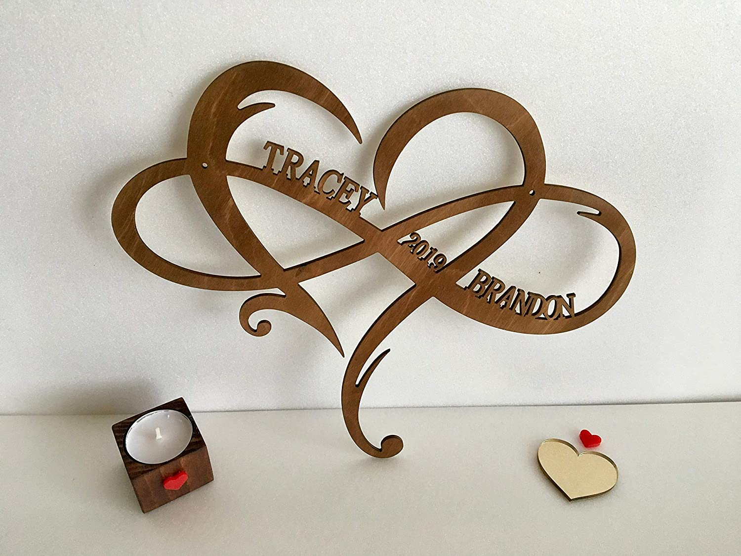 Personalized Infinity Symbol Custom Wood Wedding Sign Couple Names Established Year Heart Sign Wooden Love Heart Shape Wedding Gift Wall Hanging Door Hanger Est. Family Gift for Couples Home Decor