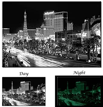 Amazon com picture sensations las vegas strip casino black and white city skyline glow in the dark canvas art print 36x24 posters prints
