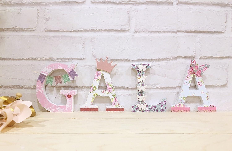 Letras decoradas, nombres infantiles.