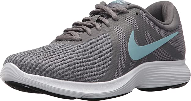 Nike Revolution 4 Wide Sneaker review