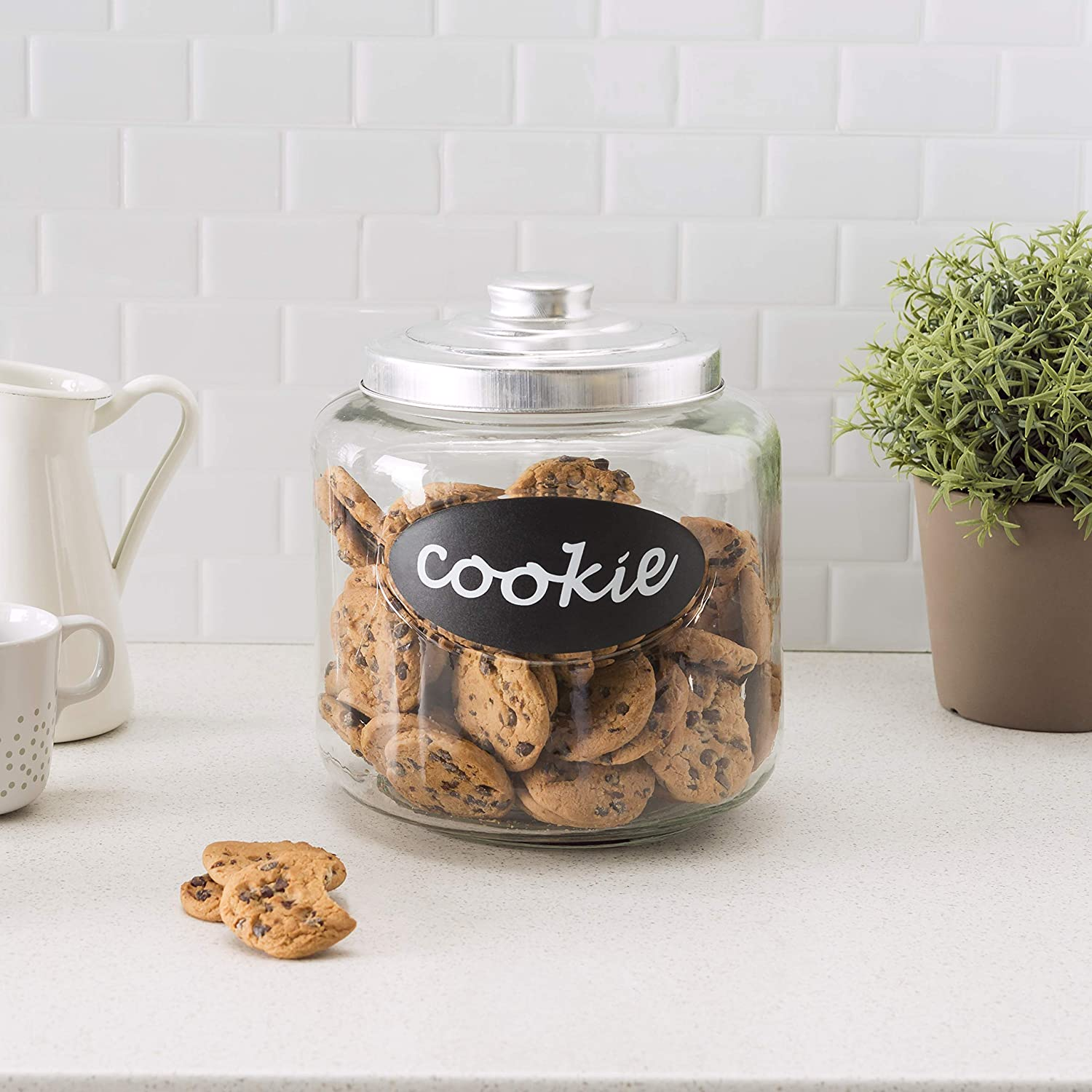 Flour Pasta Sugar Cereal Home Basics Large Capacity Glass Cookie Jar with Secure Metal Lid and Decorative Jar Label