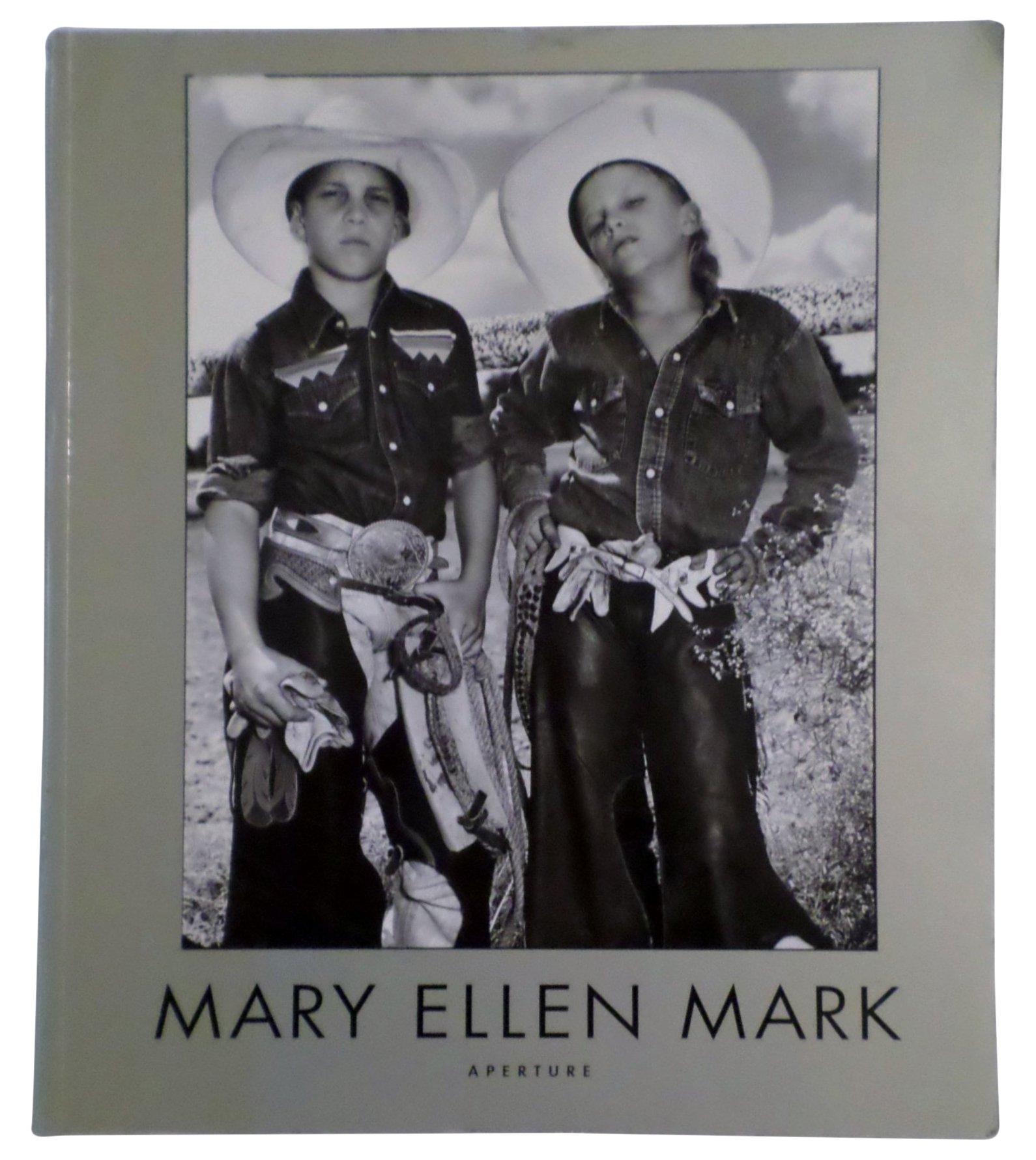 Download Mary Ellen Mark: American Odyssey, 1963-1999 pdf epub