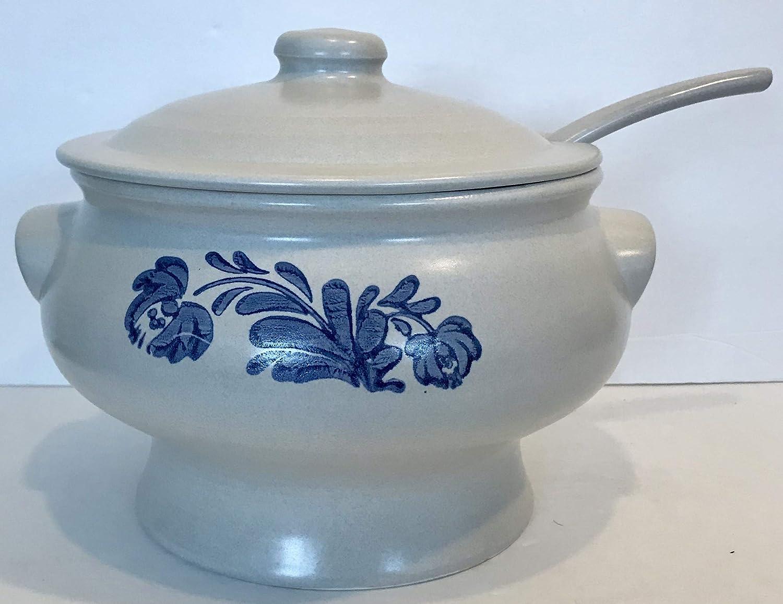 Pfaltzgraff Yorktowne Soup Tureen with Ladle