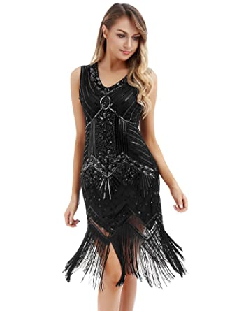 7a58417ad57 Women s Vintage Cocktail Swing Dresses 1920s V Neck Beaded Fringed Great  Gatsby Flapper Dress at Amazon Women s Clothing store