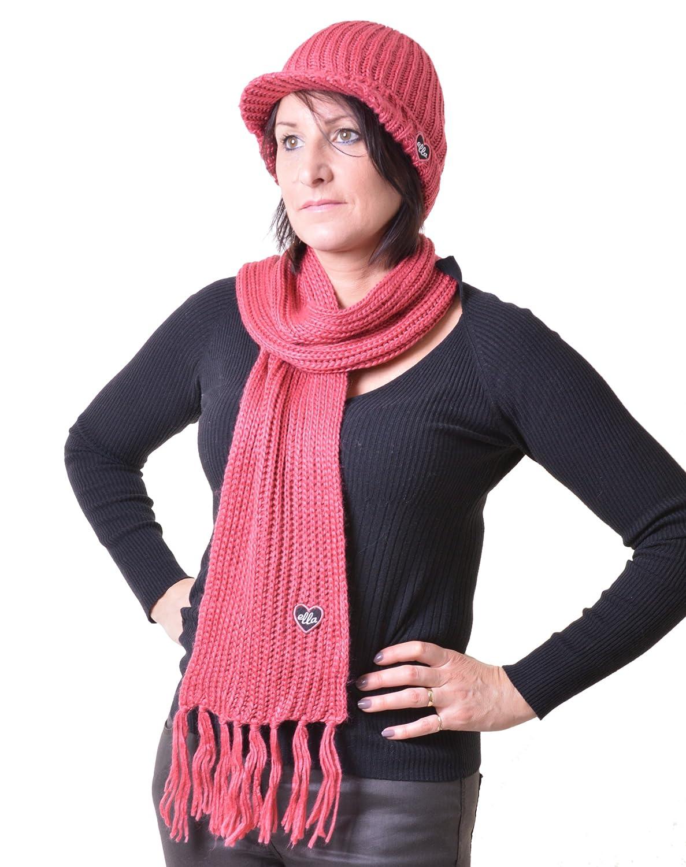 2 Colours Girls Knit Peak Cap Baker Boy Scarf Set with Heart