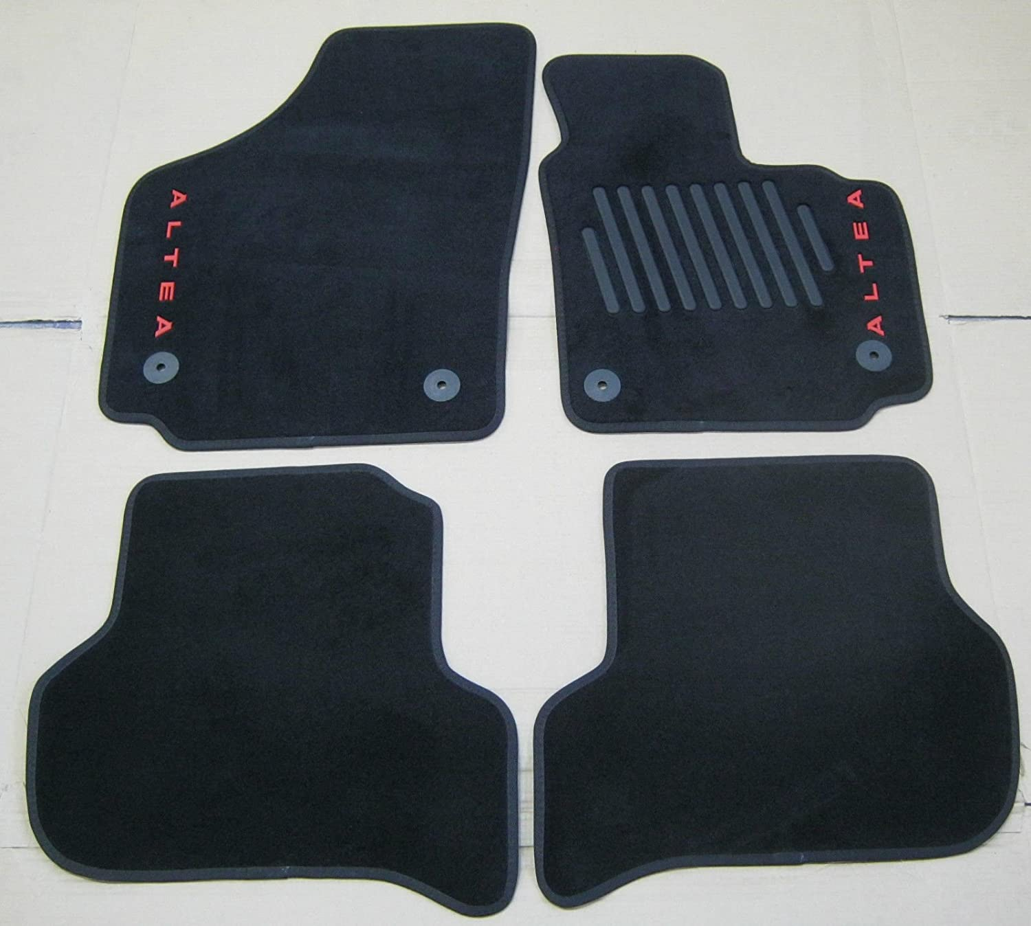 CLASSIC Tailored Black Car Floor Mats 4-Clips SEAT ALTEA 2011 on