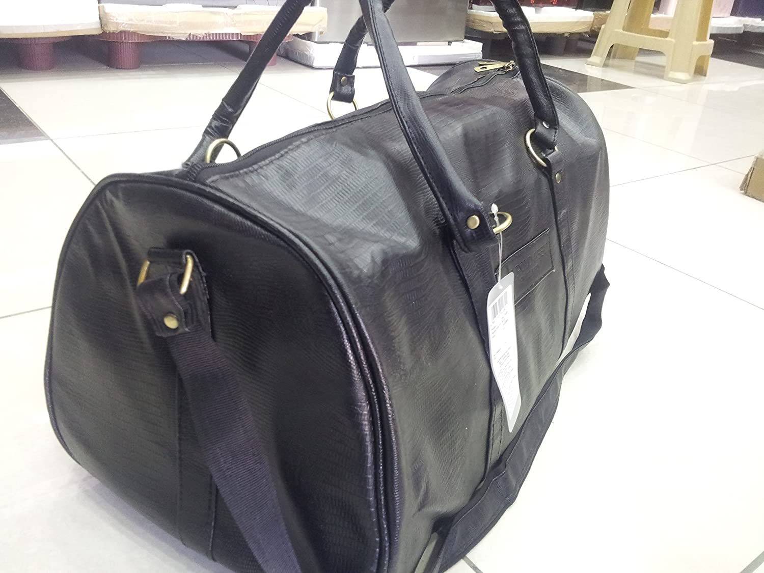aa64467174 US Polo Association Leather Travel Bag(Black)  Amazon.in  Bags ...