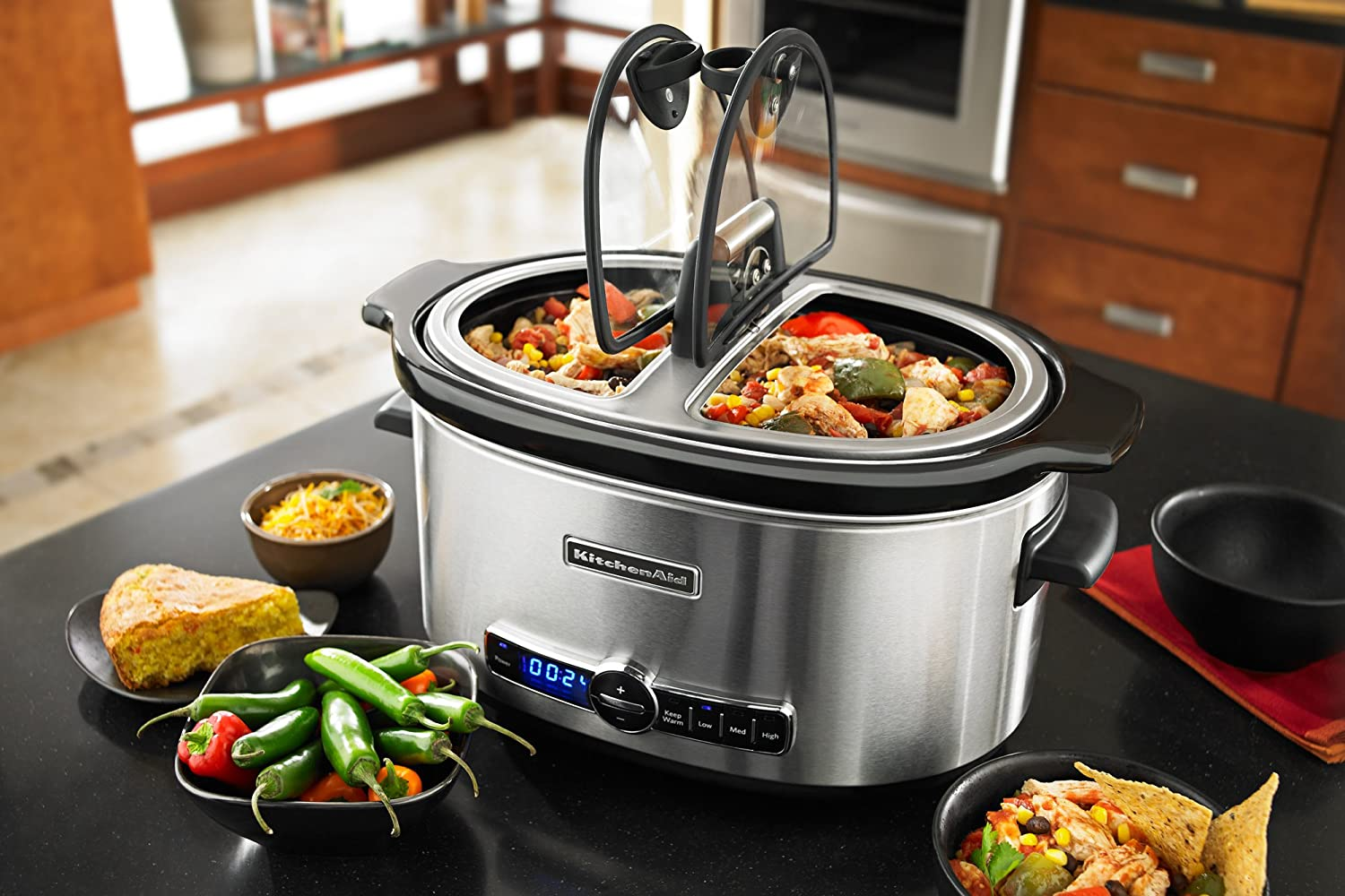 KitchenAid Slow Cooker with Easy Serve Glass Lid.