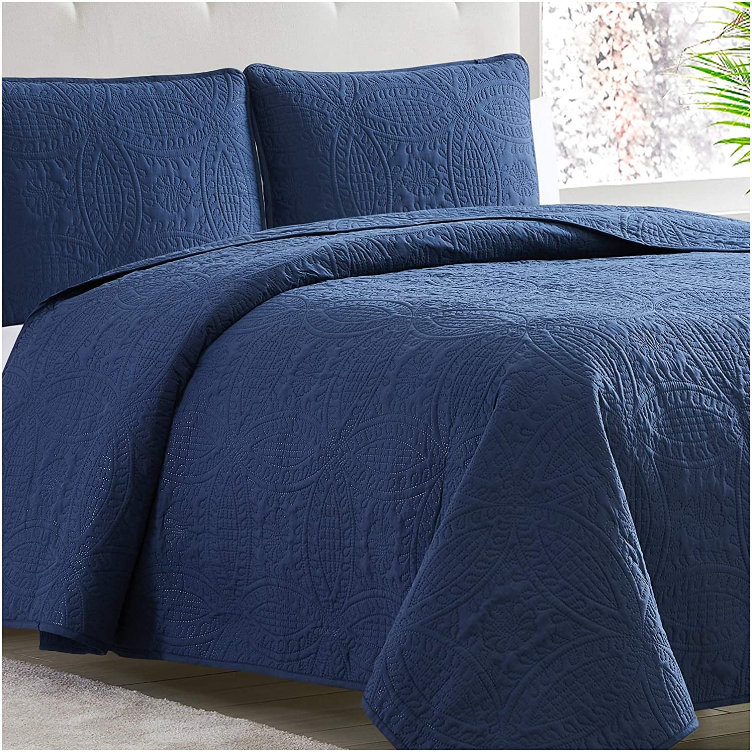 Mellanni Bedspread Coverlet Set Navy - Comforter Bedding Cover - Oversized 3-Piece Quilt Set (King/Cal King, Navy)