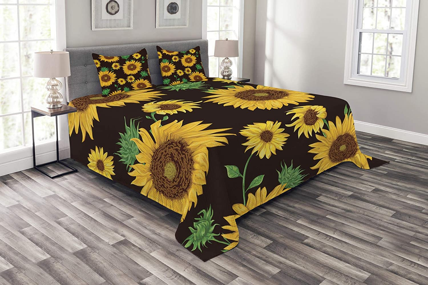 Lunarable Sunflower Bedspread, Earth Tones Floral Buds Leaves Spring Nature Vintage Pattern, Decorative Quilted 3 Piece Coverlet Set with 2 Pillow Shams, Queen Size, Yellow Green