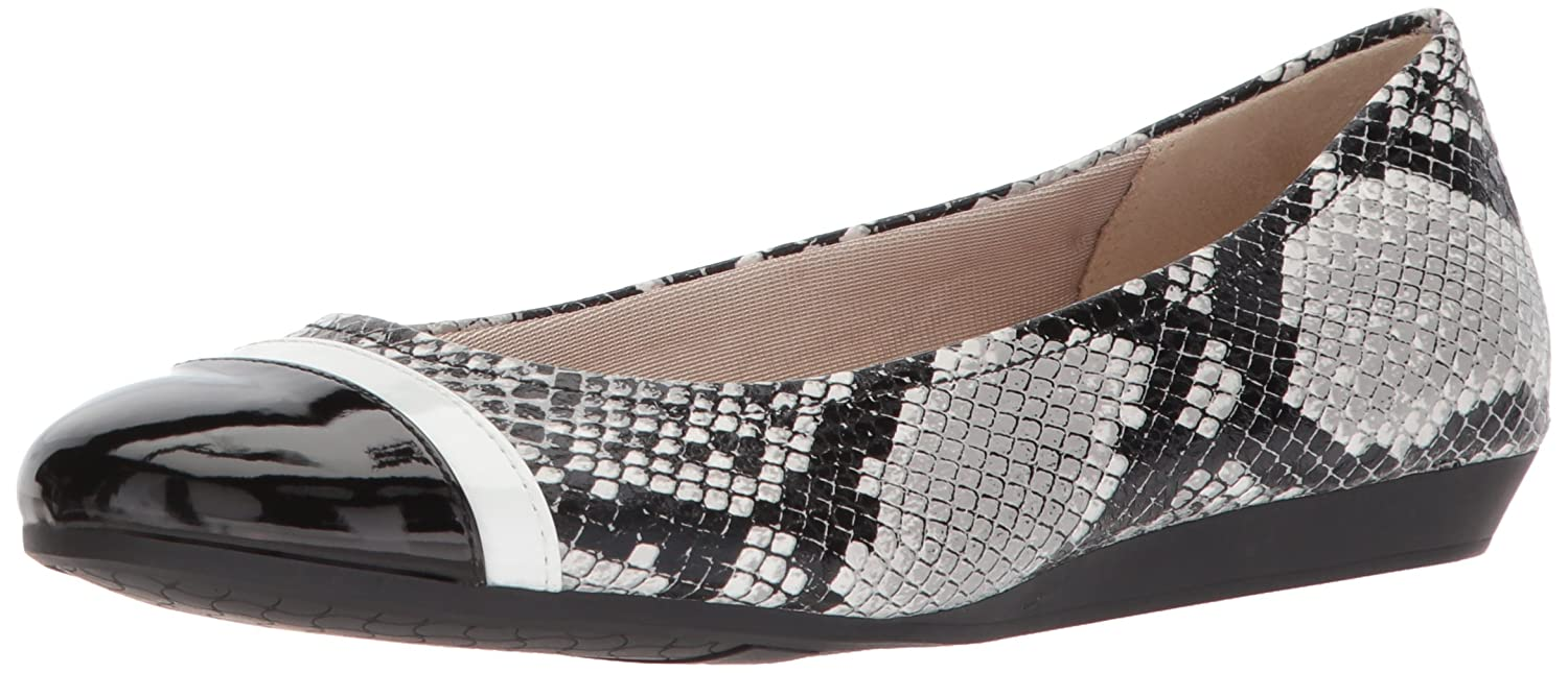 LifeStride Women's Playful Ballet Flat B0775VQRHF 8 B(M) US|Black/White