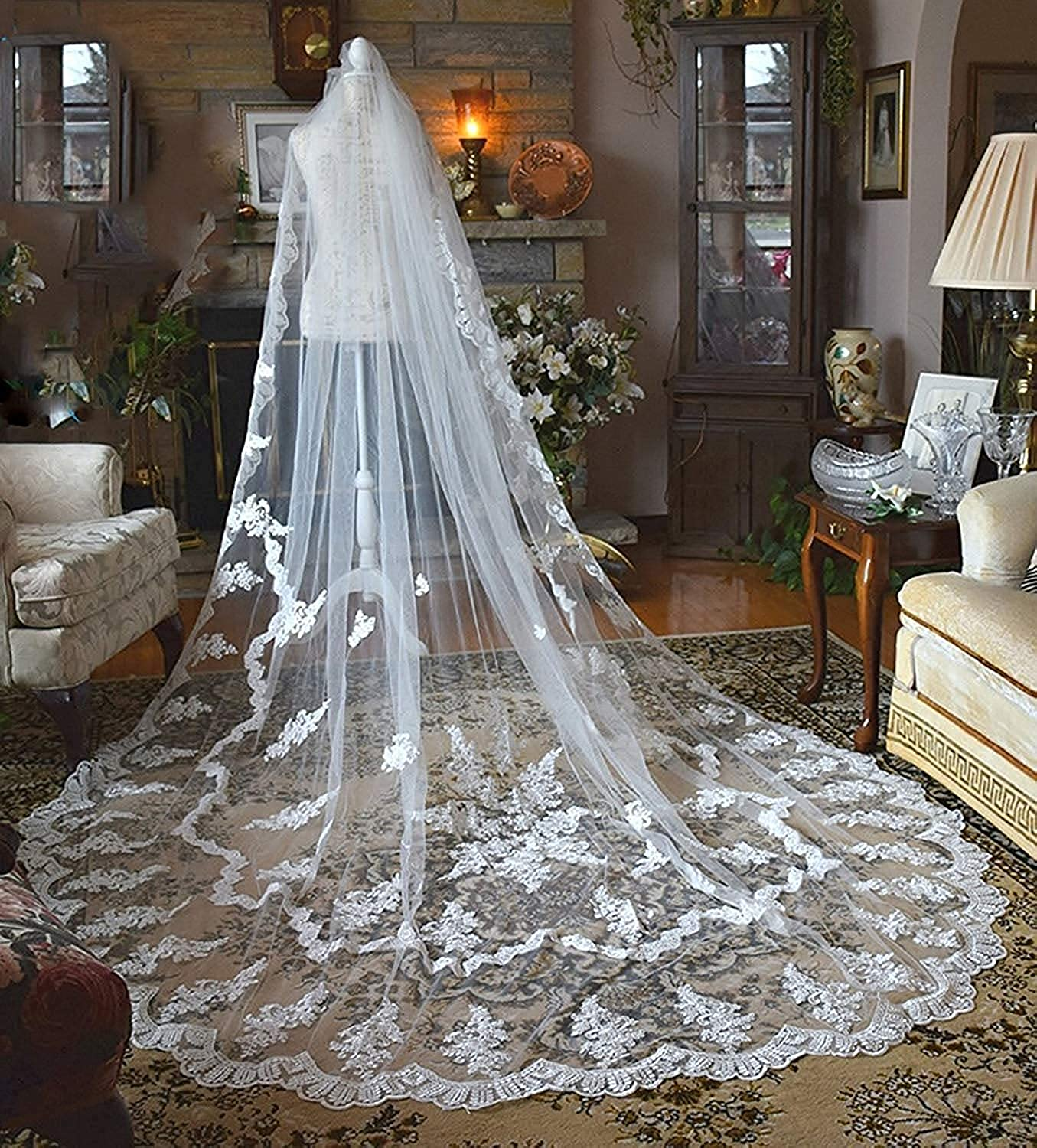 Fenghauvip Lace Appliques Wedding Veil Cathedral Veil for Brides 2 Tier with Comb