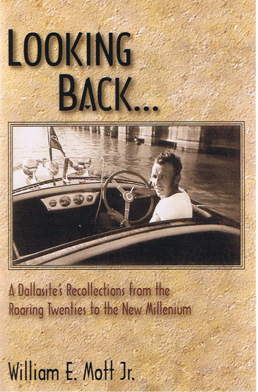 Read Online Looking Back... A Dallasite's Recollections From the Roaring Twenties to the New Millenium pdf