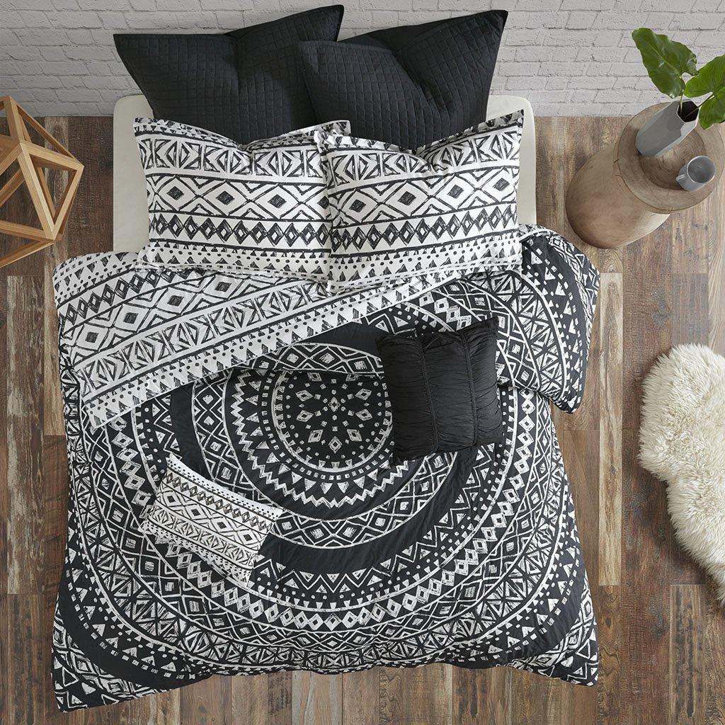 Urban Habitat Larisa 7 Piece Cotton Comforter Set Black Full/Queen