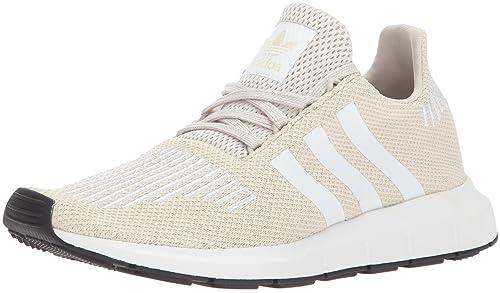 adidas Originals Damen Swift Run Sneaker in Sandbraun für…