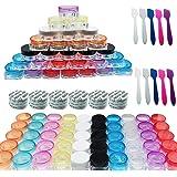 Woohome 50 Pz 5 G Bote de Plástico Tarro Vacío Contenedor con Tapa y 10 Pz Minirremolques, Maquillaje de Plástico Tarros para Cremas Muestra de Almacenamiento (Square, Multicolor)