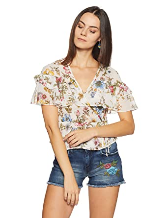 475c0fe61e Forever 21 Women s Floral Slim Fit Shirt  Amazon.in  Clothing   Accessories
