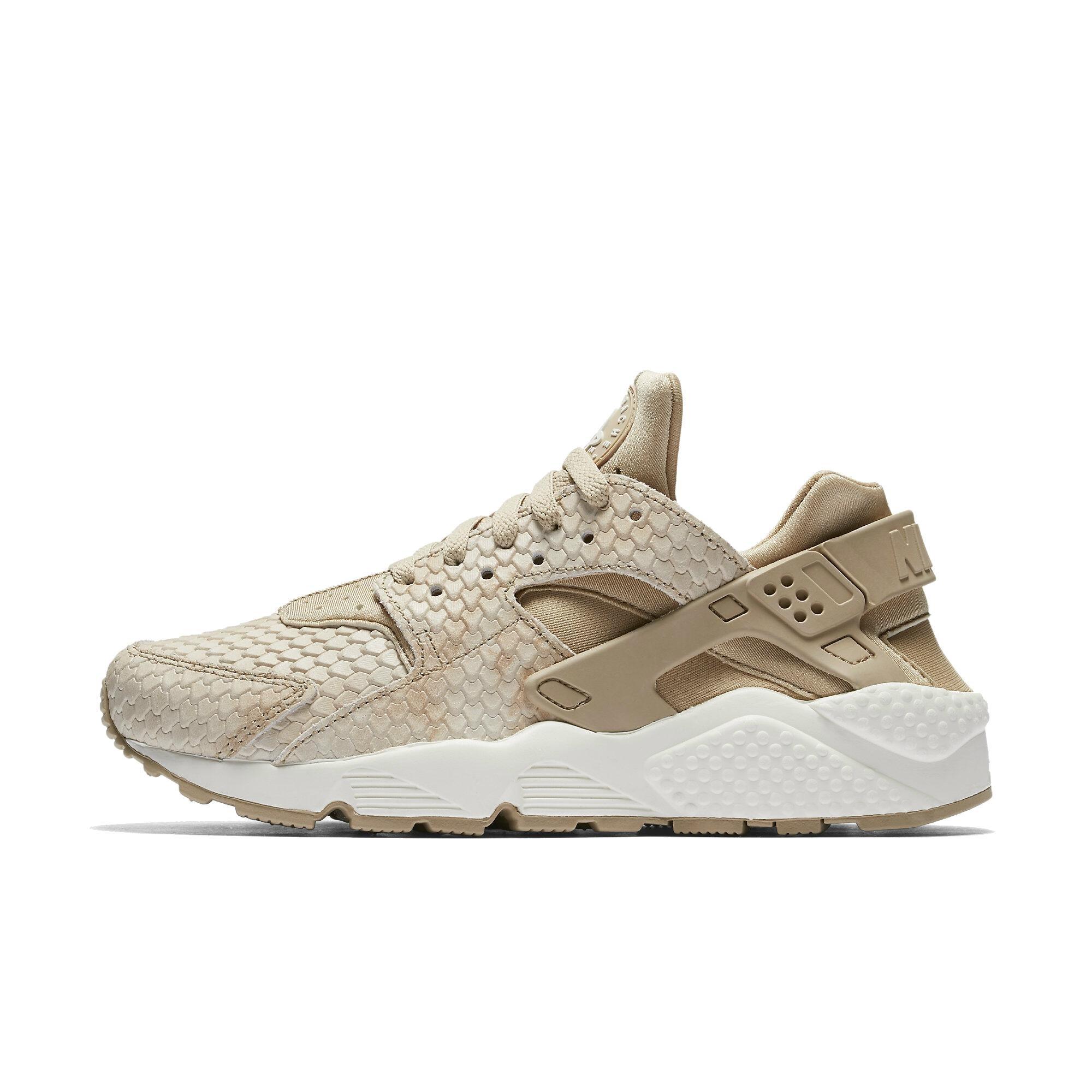 hot sales 4f575 1f6a2 Galleon - NIKE Womens Air Huarache Run Premium Fashion Sneakers (8.5)