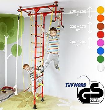 Instalación de escalada y para trepar para niños, fijación al techo. Para habitación de los niños, trapecios, anillos de acrobacia, barras, varios ...
