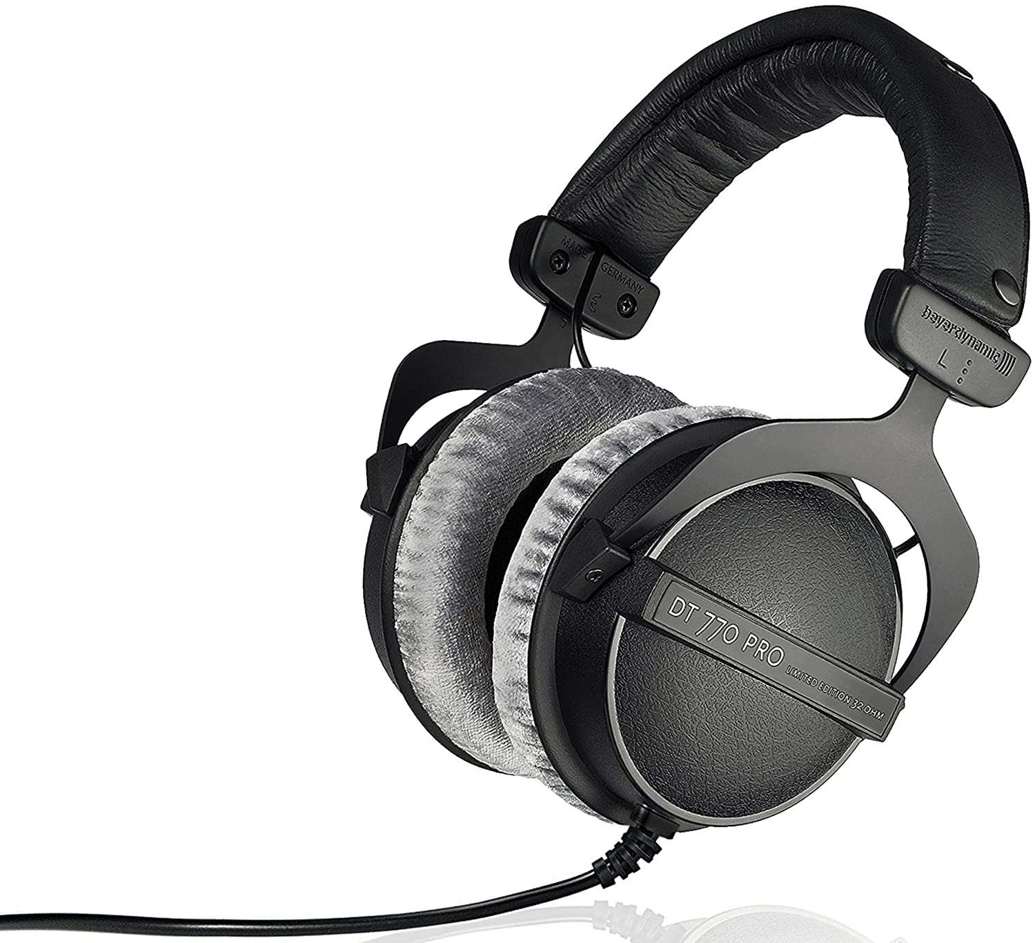 9 Best Closed Back Headphones For Gaming On Earth 8