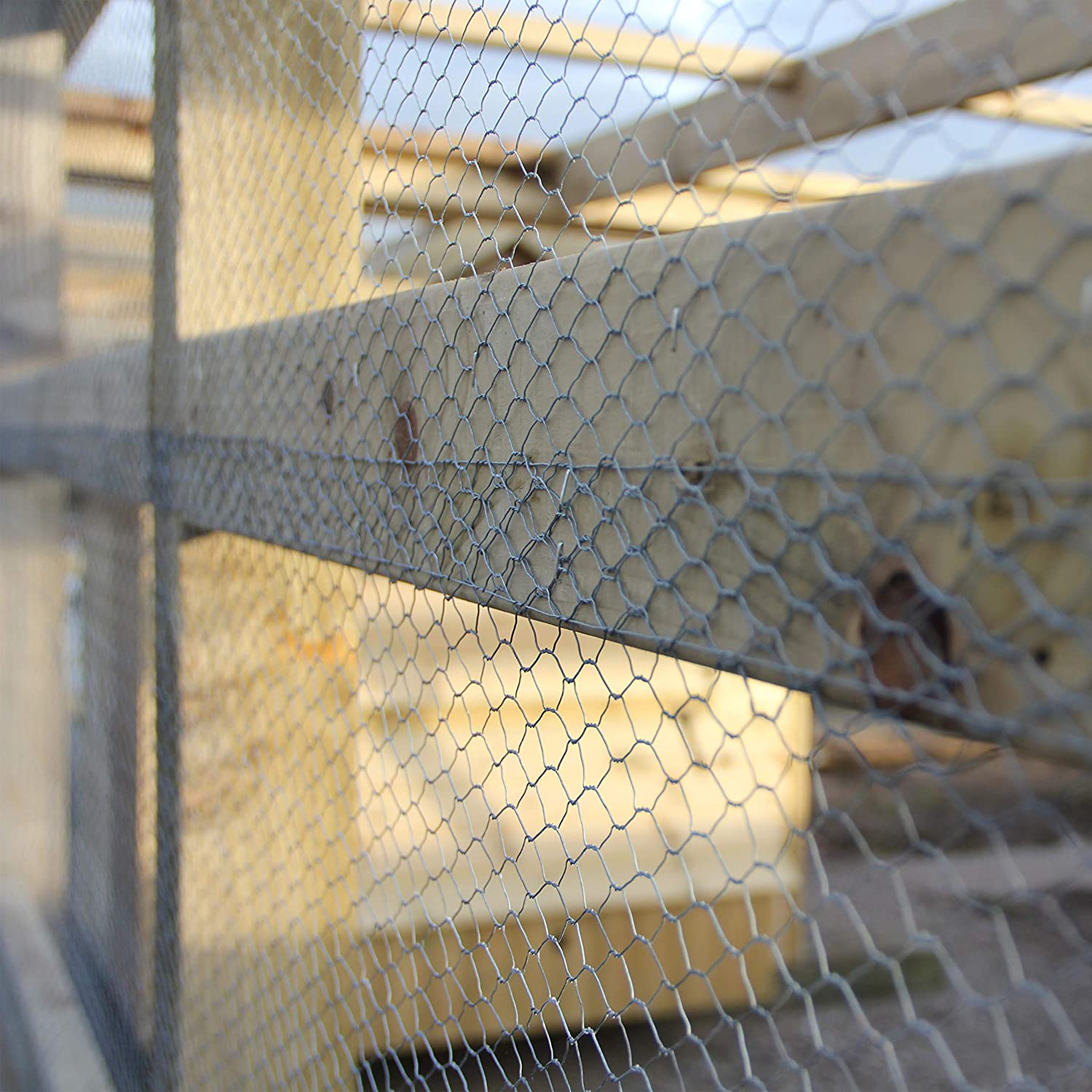 The Mesh Company Chicken Rabbit Wire Mesh Animal Fence Galvanised Steel Metal Garden Netting Fencing 50mm 2 Hole 900mm x 25m Roll