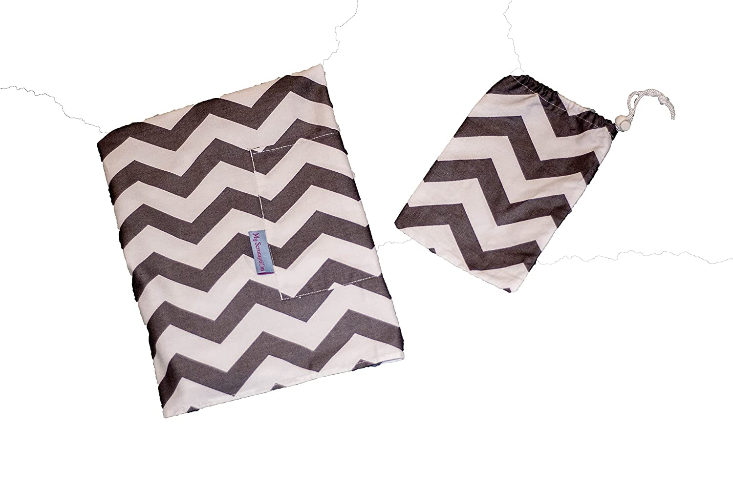 Breastfeeding Nursing Cover. Lightweight with Storage Pocket and Matching Storage Bag. White with Grey Wave My Scrumptious