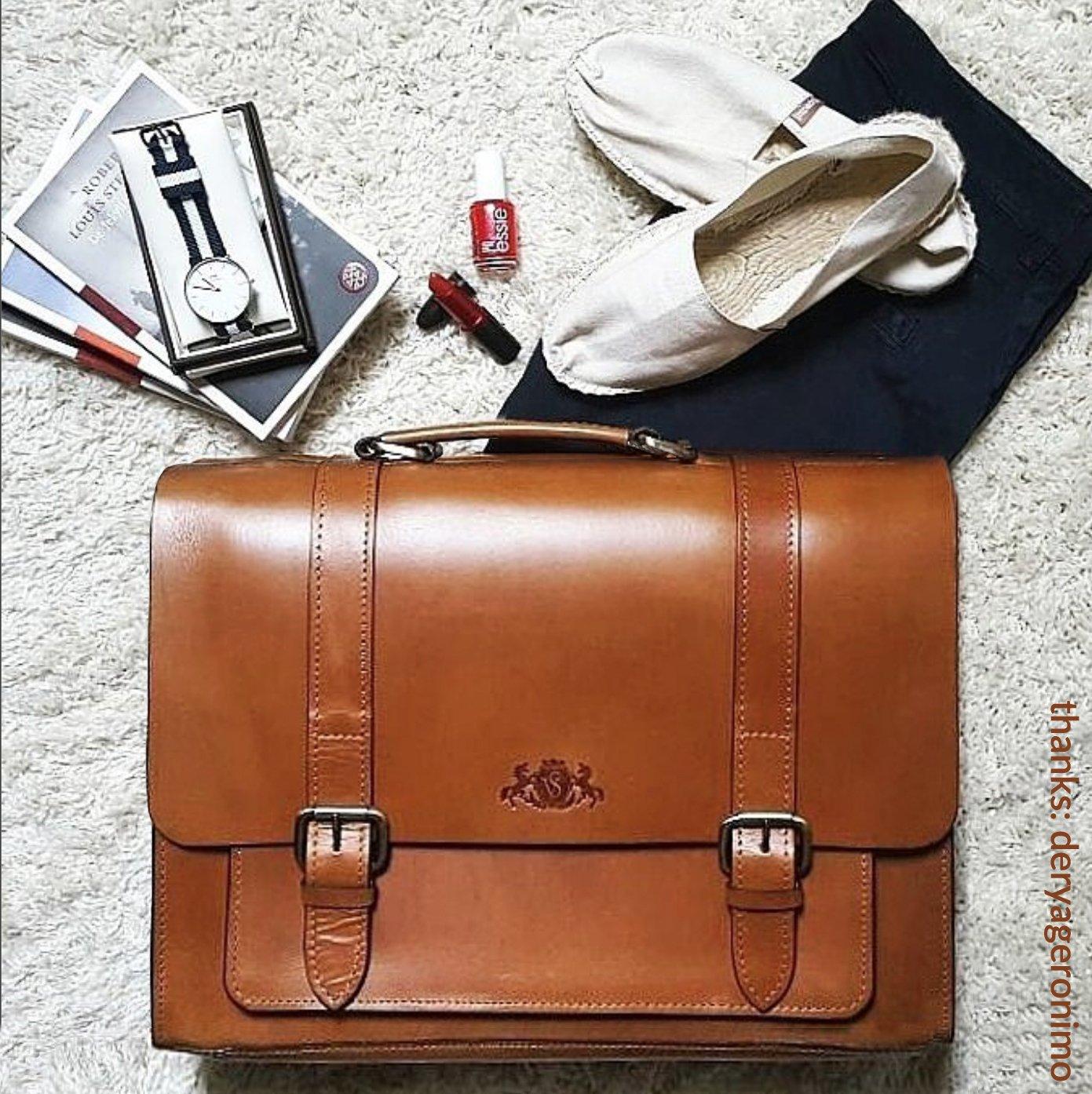 2e807877fc SID & VAIN serviette BRISTOL - petit mallette sacoche pour ordinateur, étui  PC portable 11 pouces - sac de travail avec sangle homme femme rouge cuir  ...