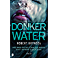 Donker water (Erika Foster)