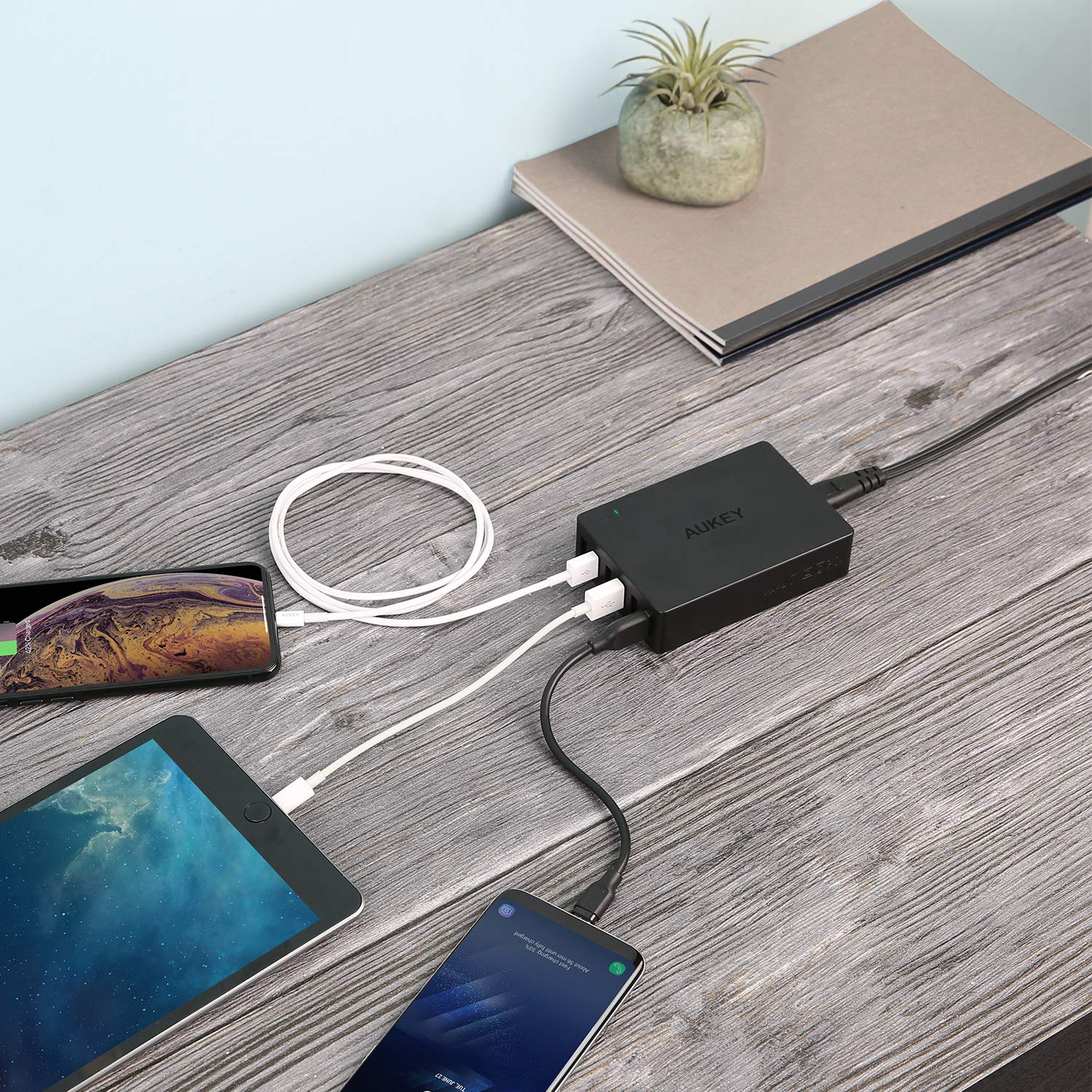 iPhone X Air 2 and More 8 Plus Quick Charge 3.0 AUKEY 60W USB Charger with 6-Port USB Charging Station for Samsung Galaxy Note8 iPad Pro