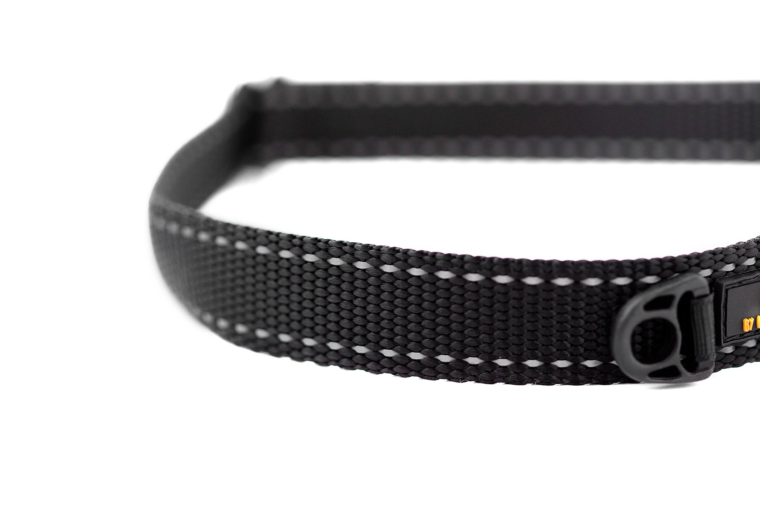 Mighty Paw Metal Buckle Dog Collar, All Metal Hardware, Lightweight Collar, Reflective Stitching, Strong, Durable (Medium, Black) by Mighty Paw (Image #2)