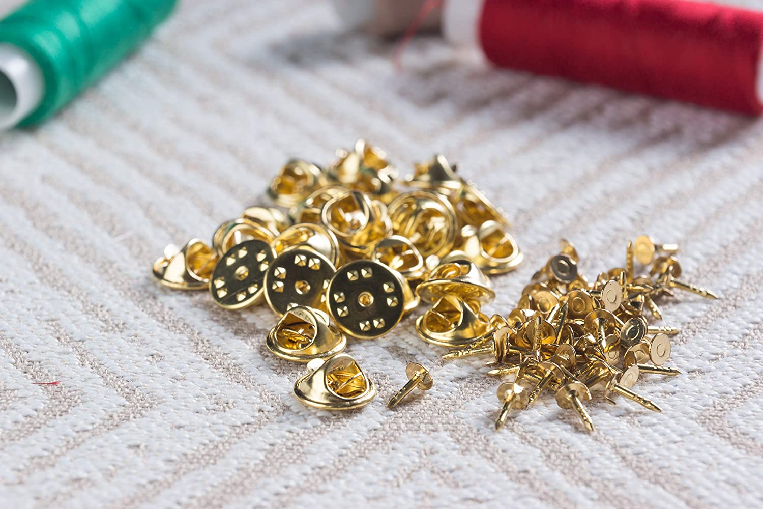 Pin Backs Lapel Pin Back Replacement Metal Tie Tacks 200-Pack Butterfly Clutch with Blank Pins Badge Insignia 0.43 Inches Diameter Gold